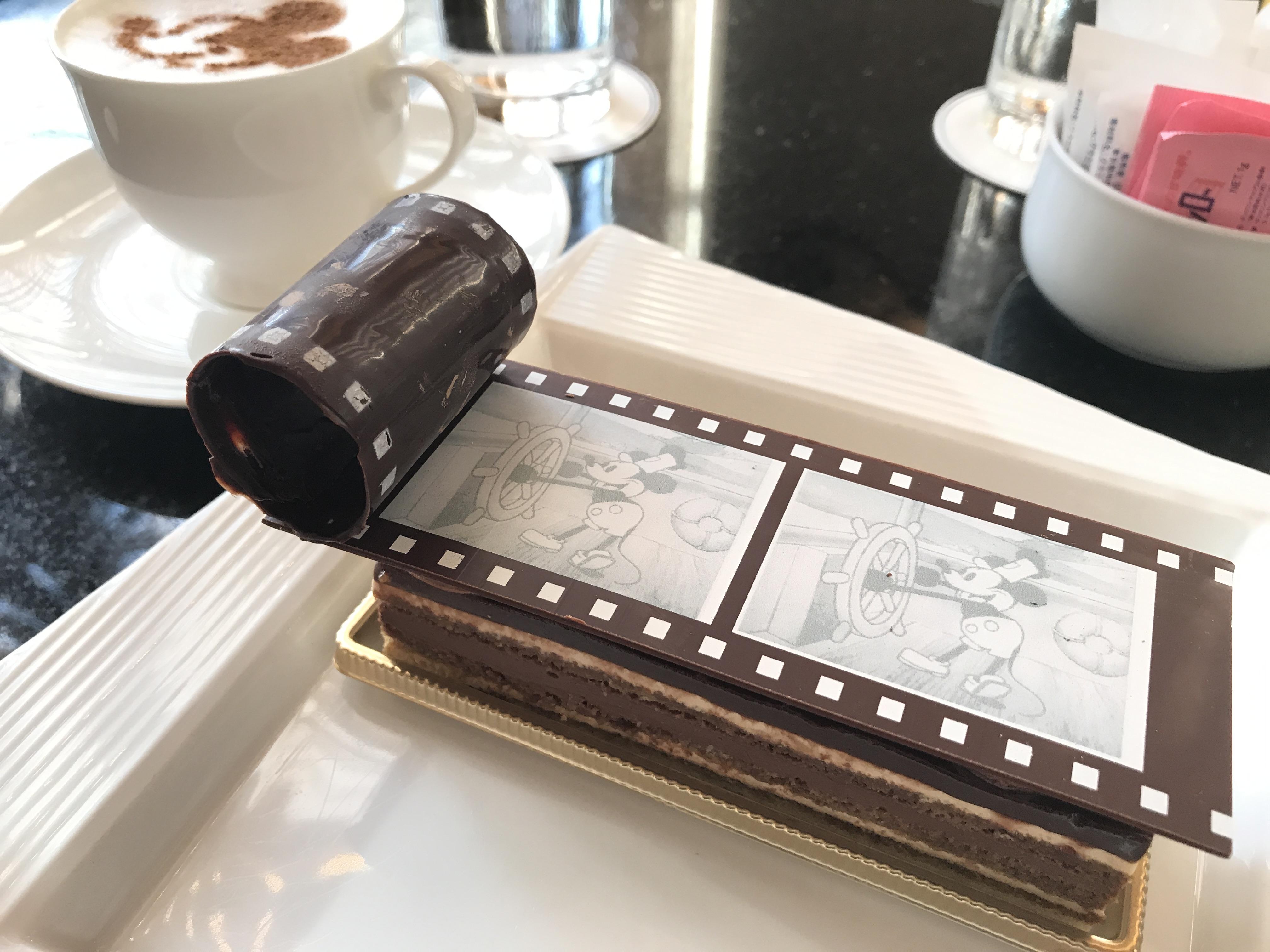 ディズニーアンバサダーホテルのラウンジでケーキセットを実食レポ!